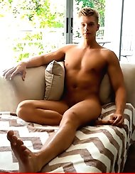 Christian Lundgren shows off his hot body